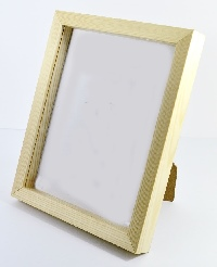 Natural Wood Resin Shadow Box Frame.  Available  at Trade Prices in Pack Sizes from 8 to 20. From 4.47 + Vat Per Frame.  27 Sizes Available from 4x6'' to A2.  Moulding: 20mm Wide x 32mm Deep with 19mm Gap Between Back of Glass and Back of Frame.