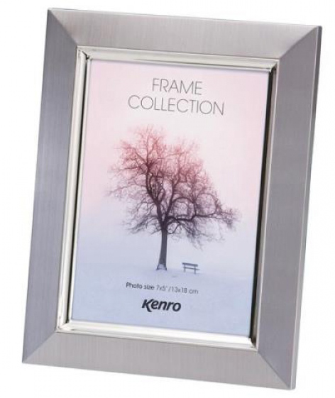 The Madison Modern Silver Frame is styled in bevel edged aluminium with a lightly brushed colour finish.  Individually gift boxed. .  Bulk Order Discounts Available
