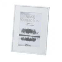 Aluminium white  matt frame with white mats which give a generous picture border.  Choice of Four Sizes (4x6'', 5x7'',6x8'', 8x10